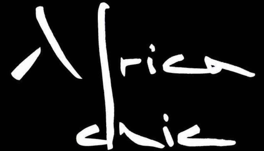 AFRICA CHIC